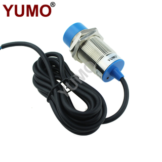 YUMO Cylinder Type DC 15mm Inductive Proximity Sensor Switch
